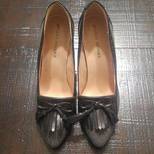 Audrey Brooke Classy Sassy Pumps Heels Sz.9